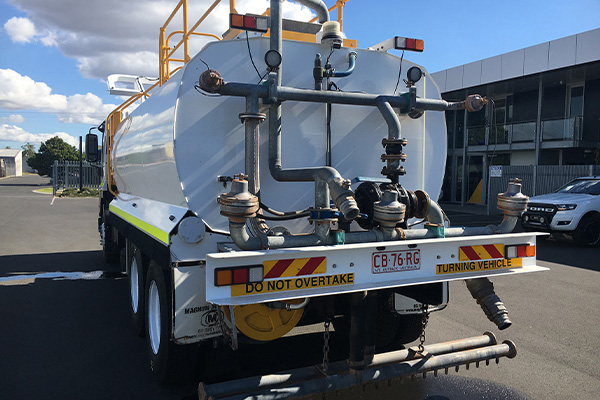 water_truck_back